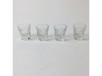 Shotglas, Transparent