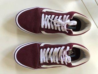 Fynda skor från Tiamo online | scorettoutlet.se