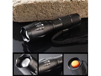 6000 Lumens XML T6 LED Flashlight Zoomable Waterproof Torch