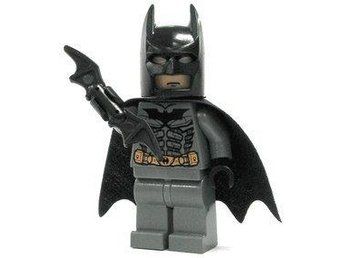 Lego - Batman - Figurer - Batman Mörkgrå Klassisk med Bat-a-rang - Uddevalla - Lego - Batman - Figurer - Batman Mörkgrå Klassisk med Bat-a-rang - Uddevalla