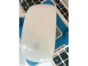 Apple Wireless Magic Mouse Model A1296 3vdc Bluetooth , fint skick