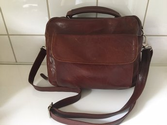Brown leather should bag with a top handle - Uppsala - Brown leather should bag with a top handle - Uppsala
