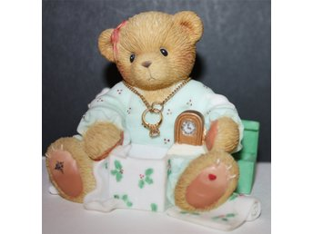 CHERISHED TEDDIES   OLIVIA