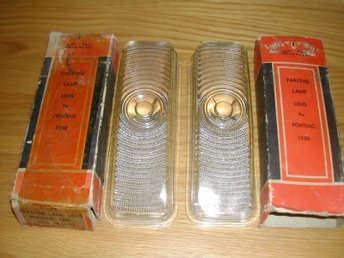 1 PAR NORS Parkeringljus Glas Parking Lamp Lens Pontiac 1950 51 52 53 US Made