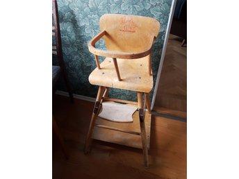 Retro 50 tal: barnstolmatstol med inbyggt bordblir bil
