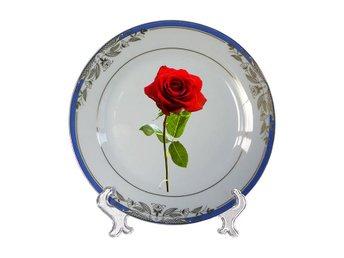 Ett par vackra blomkantade rosor tallrikar för kärlek / alla hjärtans dag - Karlskrona - Ett par vackra blomkantade rosor tallrikar för kärlek / alla hjärtans dag - Karlskrona