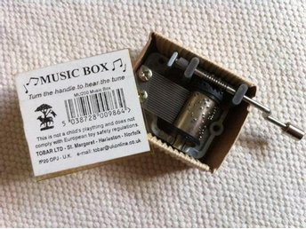 Speldosa music box Candle in the Wind Princess Diana