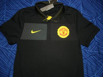NY MANCHESTER UNITED NIKE TRAVEL POLO PIKETRÖJA NIKE-FIT RED DEVILS STORLK SMALL