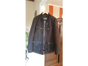 Barbour International DUKE wax jacket från 2015, strl L, Rustic - Glumslöv - Barbour International DUKE wax jacket från 2015, strl L, Rustic - Glumslöv