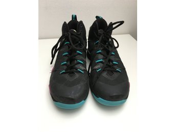 Basketskor Jordan strl 39