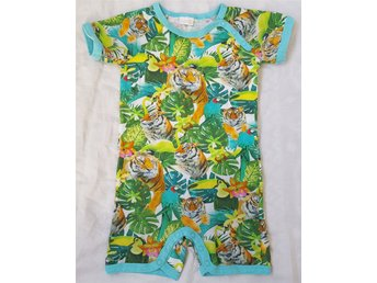 Super fin Shortsdress jumpsuit onesie tropisk tiger djur pyjamas