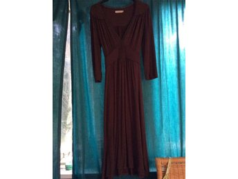 St. Tropez klänning brun M - Falkenberg - St. Tropez klänning brun M - Falkenberg