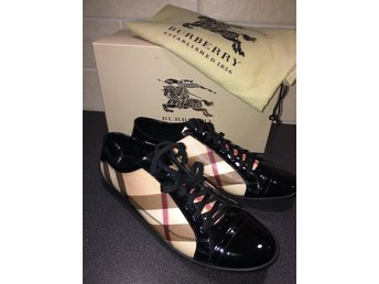 Burberry sneakers strl 40