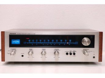 Pioneer SX-424 AM/FM Stereo Receiver (1972-74)