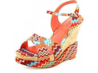 China girl zigzag zickzack kilklack wedge sommar skor klack