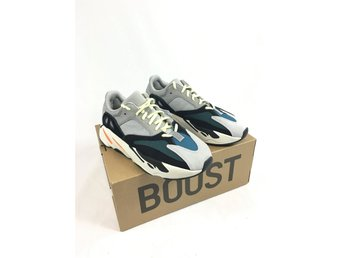 Adidas Yeezy Boost 700 Waverunner - DS with tags - Storlek 42 2/3 US 9
