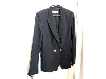 blå kostym dam