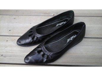Jackpot svarta låga skor 37 nyskick - Svalöv - Jackpot svarta låga skor 37 nyskick - Svalöv