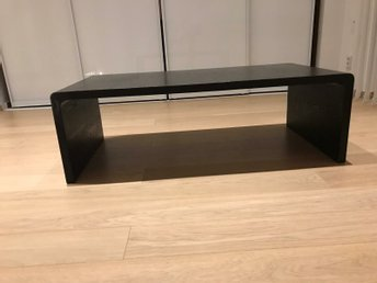 Ord ca 3500 kr Snygg design vardagsrumsbord.. (422916874