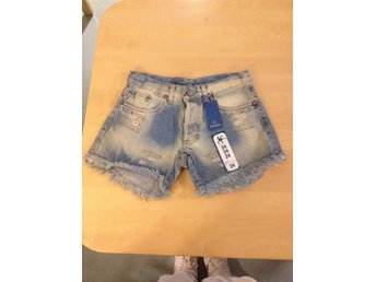 Ossna Jeans shorts St.24
