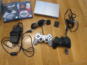 PLAYSTATION 2 slim med 2 spel