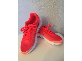 FYNDA ! Nike Air st 37,5