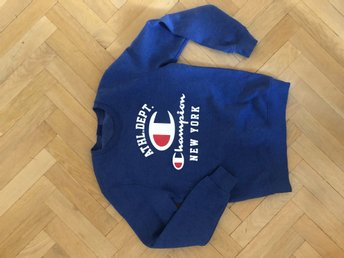 Sweatshirt i strl Small från Champion