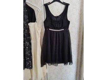 Svart klänning med strass bling medium fest par.. (335182883) ᐈ Köp ... 4568269b5fce1