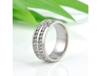 HELT NYTT!! Unisex Stainless Steel Ring Men/Women's Wedding Band Silver