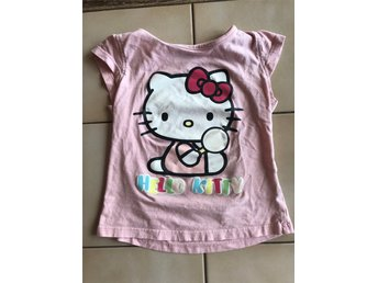 Rosa t-shirt Hello Kitty strl 110 - Sanrio