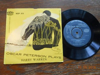 OSCAR PETERSON plays Harry Warren, Karusell KEP 313, Svensk EP 1956