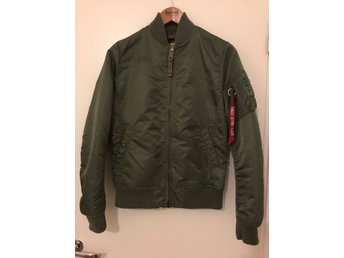Alpha Industries bomberjacka