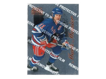 96-97 Select Certified Mark Messier