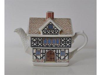 Sadler Staffordshire England 'Tudor House' English Country Houses tekanna, tehus - Sundbyberg - Sadler Staffordshire England 'Tudor House' English Country Houses tekanna, tehus - Sundbyberg