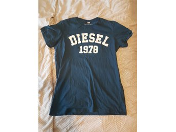 Men's Diesel Tshirt Size L Fits Like M