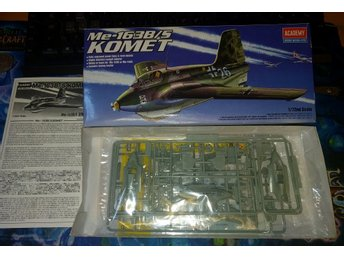 Me-163B/S KOMET, 1/72 scale, Academy Hobby Model Kits.