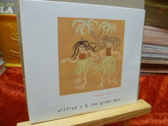 WILFRED N & THE GROW MEN , Dubbel-CD , WAITING FOR LUCK TO COME , INSERTS 2 piec