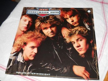 HONEYMOON SUITE--Racing after midningt.   LP