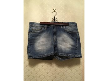 Shorts, Jeans, L.O.G.G. by H&M, storlek 31""