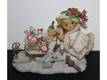 CHERISHED TEDDIES    ASTRID