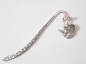 Häxa bokmärke / Witch bookmark