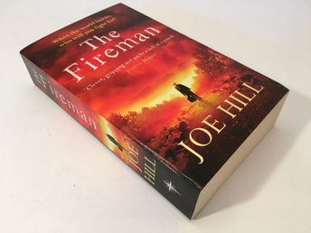 Bok - Joe Hill - The Fireman - 2016 - 772 sidor - pocket