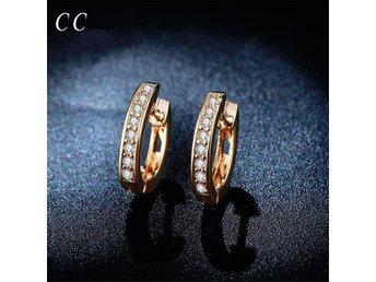Exquisite small hoop earrings for women with AAA zirconia diamond 18k rose gold