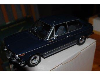 BMW 02 TOURING-MINICHAMPS 1:18 - Skurup - BMW 02 TOURING-MINICHAMPS 1:18 - Skurup
