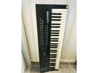 Synth Alesis QS6