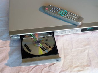 DVD-spelare Sharp DV-SV80S