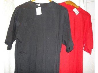 2 T-shirts Röd Svart strl XL Oanvända Taggen kvar - Trollhättan - 2 T-shirts Röd Svart strl XL Oanvända Taggen kvar - Trollhättan