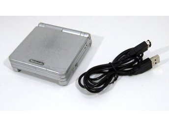 GBA Game Boy Advance SP, med usb-laddare