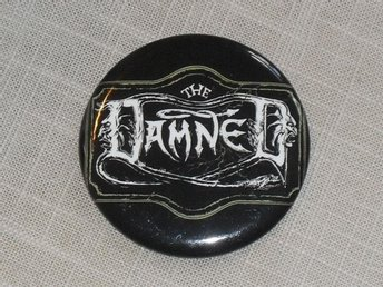 THE DAMNED -Black Album Logo -STOR Button Badge / Pin / Knapp (1980, Punk,)