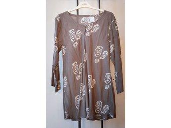 Masai Kläder ᐈ Köp Kläder online på Tradera • 991 annonser 69dc666131e00